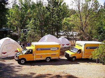 twee penske trucks
