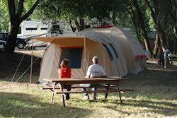 even pauze voor de tent